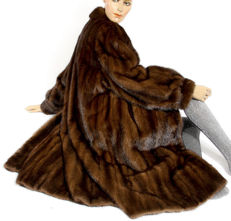 Magnificent coffee brown genuine mink fur coat mink coat coat made in Germany