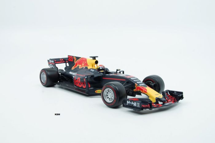 Bburago Scale 1 18 F1 Renault Rb13 Red Bull Racing 33 Max