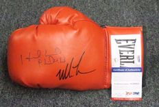 Dual Autographed Boxing Glove Mike Tyson vs. Evander Holyfield AUTO PSA/DNA COA HOF USA  Hand signed by boxing Legends.