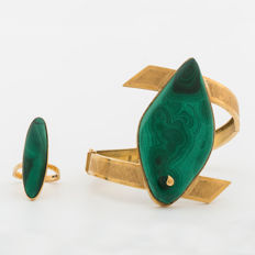 18 kt bangle bracelet & ring with Malachite from 1945,  Sweden.