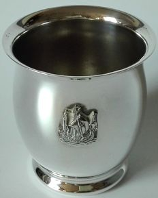 A silver plated birth cup with engravings of ship - ZILFA PLEET, 1963 j