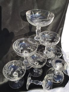 Ten beautiful antique engraved crystal champagne coupes - France - around 1920