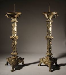 Pair of neo-roman large pricket candlesticks, continental - 1850-1900