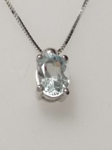 Necklace in 18 kt white gold, 1.60 g, pendant with 0.50-ct acquamarine, code 35493