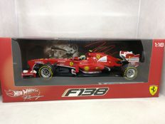Hot Wheels - Scale 1/18 - Ferrari F 138 - Felipe Massa - 2012