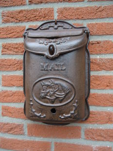 Mailbox with horse, beautiful nostalgic mailbox antique-brown colour