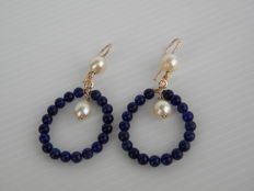 Dangle earrings in 18 kt rose gold with 0.07 ct natural diamonds - Japanese pearls and sodalite - Total weight: 8.10 g - dimensions: 5.63 x 2.80 cm
