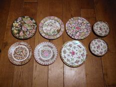 17 porcelain plates from China and Japan - 1st-2nd half of 20th century