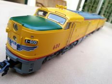 Märklin H0 - 37610/49610 - Heavy diesel locomotive Type PA-1 of the Union Pacific in double traction