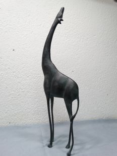 Bronze giraffe with a wonderful patina, 44cm - Africa