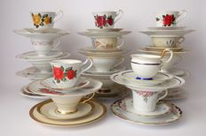 Lot with 16 trio sets: cup, saucer and breakfast plate