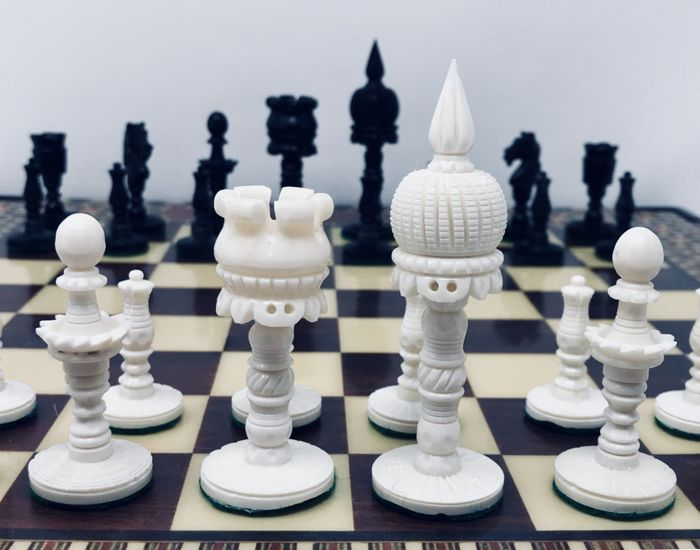 Taj Mahal bone chess