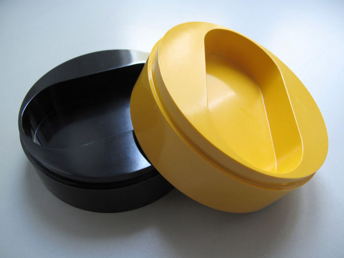 Sergio Asti for Mebel -- 2 ashtrays A/2