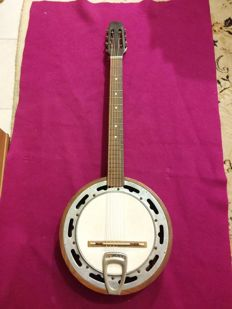 Irish banjo guitar year 1960