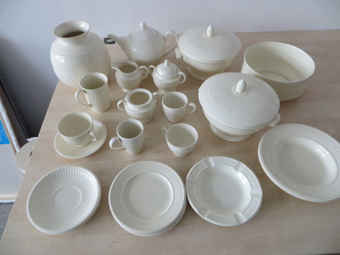 Wedgwood Edme Windsor and other creamware & Wedgwood Edme Windsor and other creamware - Catawiki