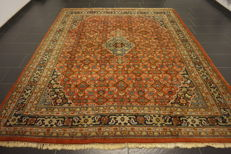 Fine hand-knotted oriental carpet, Indo Bidjar, Herati with medallion, 260 x 310 cm, made in India