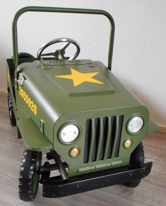 jeep army pedal car catawiki. Black Bedroom Furniture Sets. Home Design Ideas