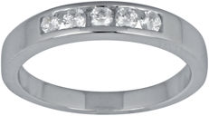 18Kt. white gold wedding band set with diamonds 0.25ct ,GH colour and SI clarity size 54/N ( Resizing is available in Antwerp)