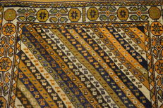 Collector's item, hand-knotted Persian carpet, Qashqai, nomad carpet, wool on wool, made in Iran, 105 x 180 cm
