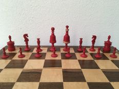 Barleycorn type II Morphy chess pieces, over 225 years old