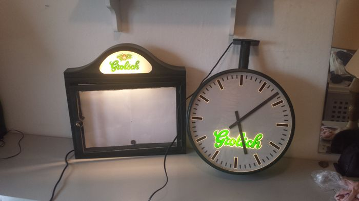 Grolsch display cabinet & Grolsch station clock with lighting - end of the 20th century