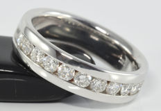 0.96 ct half eternity ring in 14 kt white gold ** no reserve **