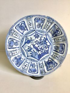 Wanli kraak porcelain plate - China - 15th century