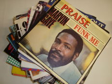 "Beautiful Collection of Soul, Funk & Black Music >>> Lot of 45 7"" Singles: Marvin Gaye/ James Brown/ Stevie Wonder/ Barry White/ Commodores/ Grace Jones/ Donna Summer/ Michael Jackson... And Many More!"