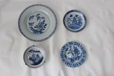 Four porcelain plates - China - 18th/19th century