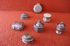 Lot of 7 pills boxes, silver / mother pearl, marked 800/925 - ca. 1940