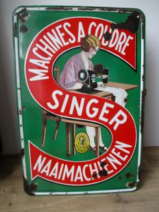 Enamel advertising sign Singer sewing machine - ca 1940s/50s