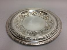 Silver plated fruit bowl with beautiful open work decoration, U.S.A, ca. 1930
