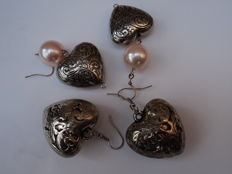 Lot of 4 sterling silver earring with freshwater cultured pearls