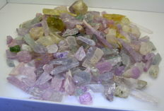 Lot of Coloured Kunzite Crystals - 1200g