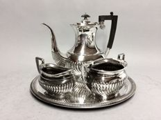 Silver plated coffee set on serving tray, classic rib, Harrisson Fisher, England, ca. 1920