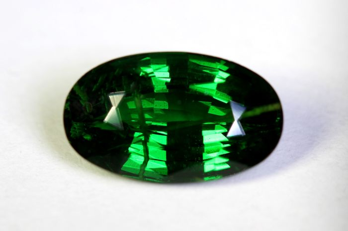 Deep Green Tsavorite - 2.59 ct