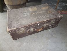 Sturdy vintage travel case with nice lived appearance