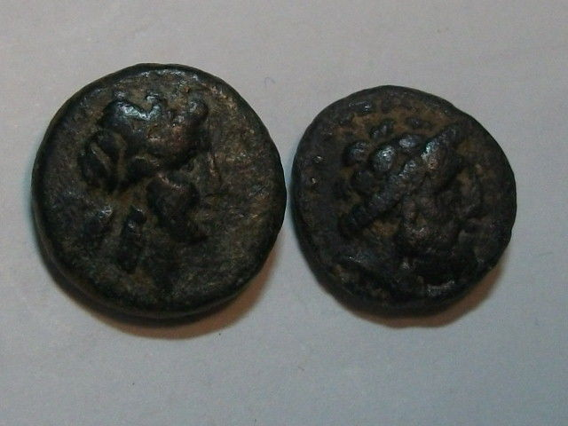 Ancient Greece - Lot of 2 AE – Troad –- Alexandria  (circa 261-227 BC) & Phoenicia - Arados (x2)