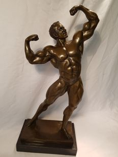 Bronze - sculpture - Bodybuilder