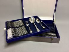 Silver plated cutlery for 12 people classic design, total 87 pieces, ca. 1935
