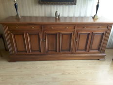 Dressoir massief  mahonie  merk castle fourniture Engeland circa 1950