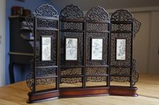 Small table screen with four panels - China - 19th century, Qing dynasty, early 20th century