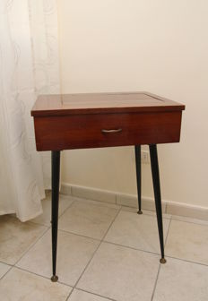 Splendid wooden console table with drawer, Italian design, 1950