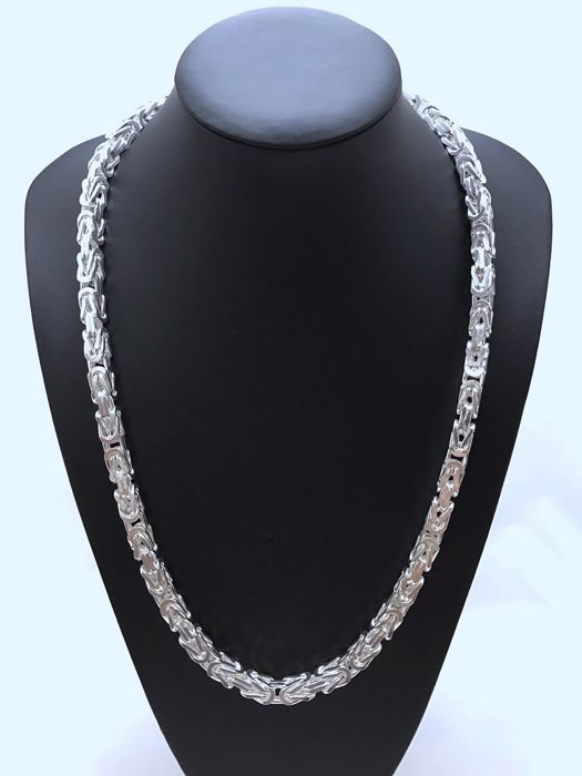 Silver byzantine link necklace (925 kt), Length: 70 cm, Weight: 260 g, and bracelet, Length: 24 cm, Weight: 90 g, Total Weight: 350 g