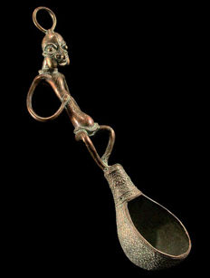 Large Bronze, Ceremonial Spoon of the BAMILEKE - Cameroon