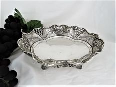 Sterling silver partly open worked dish on 4 feet