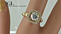 1.17 ct round diamond ring made of 18 kt yellow gold - size 6
