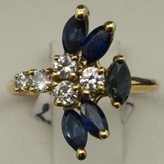 Ring in 750 gold, 5 sapphires, 5 diamonds - size 52.