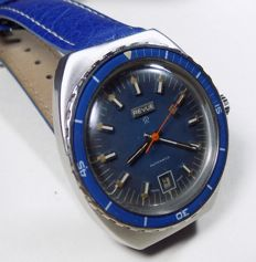 Revue Thommen MSR-T56 - Marine Blue - 200M Diver - 1968 - Men's Wristwatch