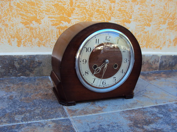Mahogany table top clock by Smiths Enfield - 8-days mechanical movement - working - 1930s